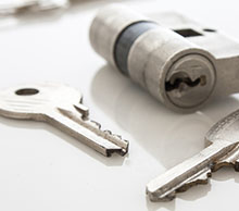 Commercial Locksmith Services in Greater Carrollwood, FL